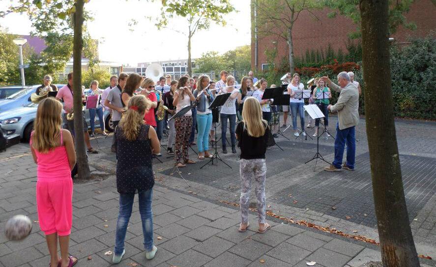 Verrassingsserenade Wilco van den Oever