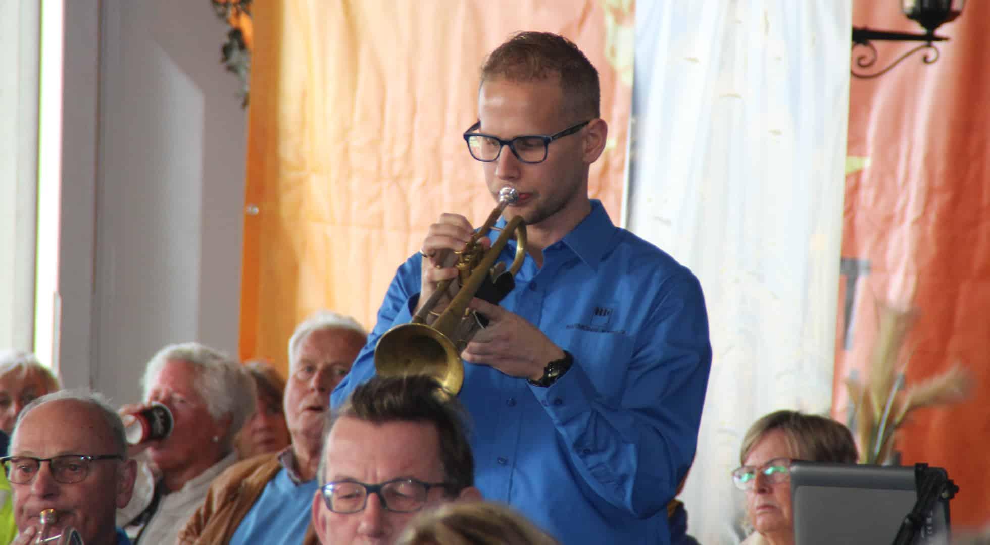 Katwijk van Oranje, trompet